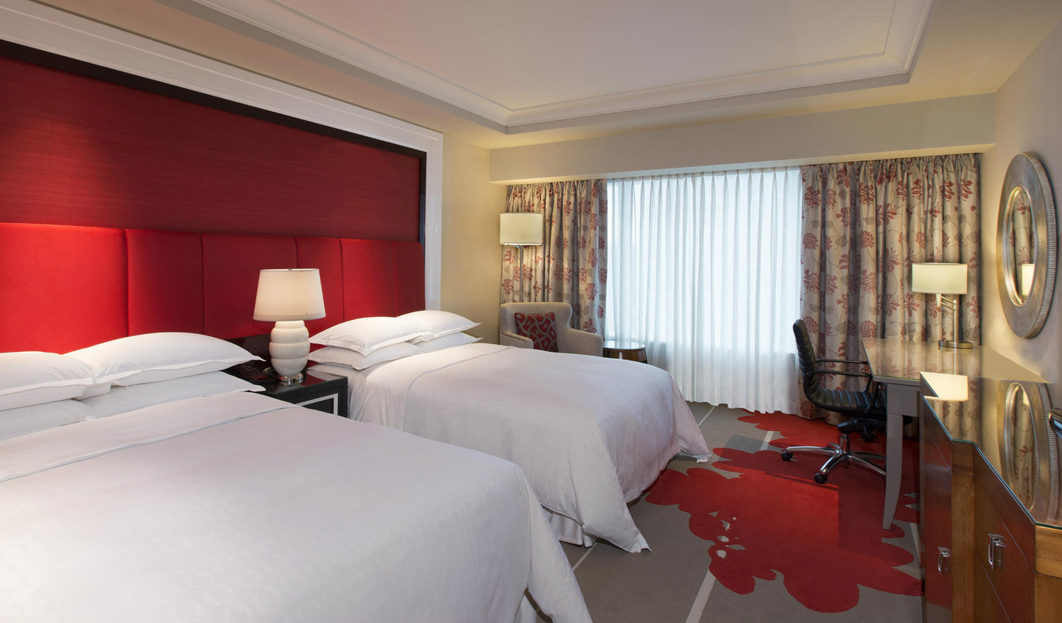sheraton-macao_deluxe-room_photogallery-1_1500x880.jpg