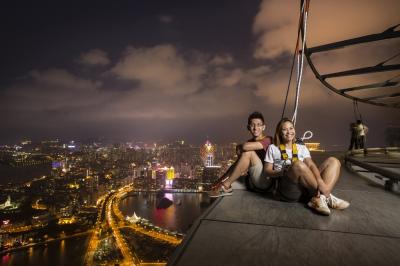 Romantic-Skywalk-Macau-1.jpg